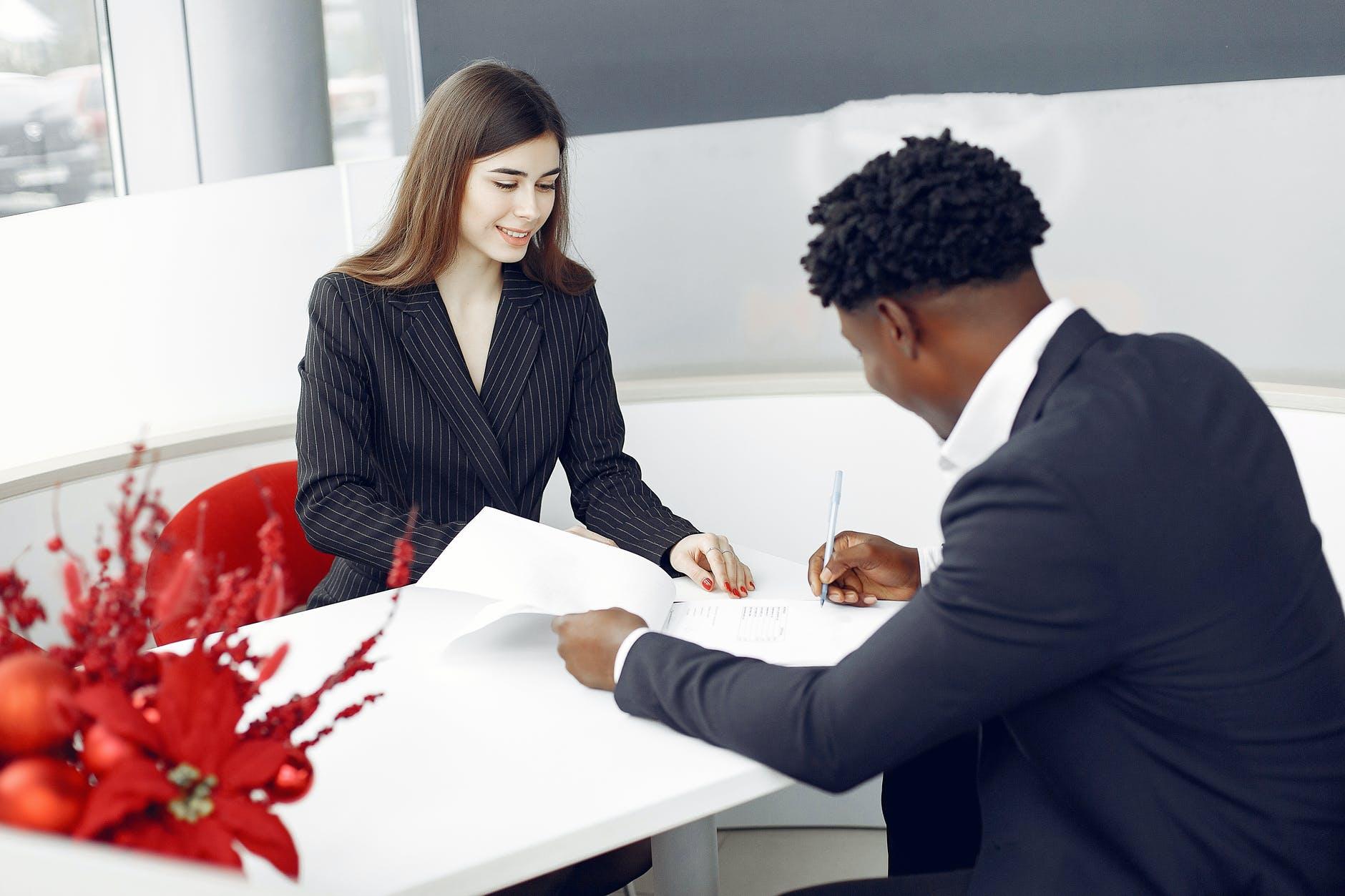 How to write a vendor contract?