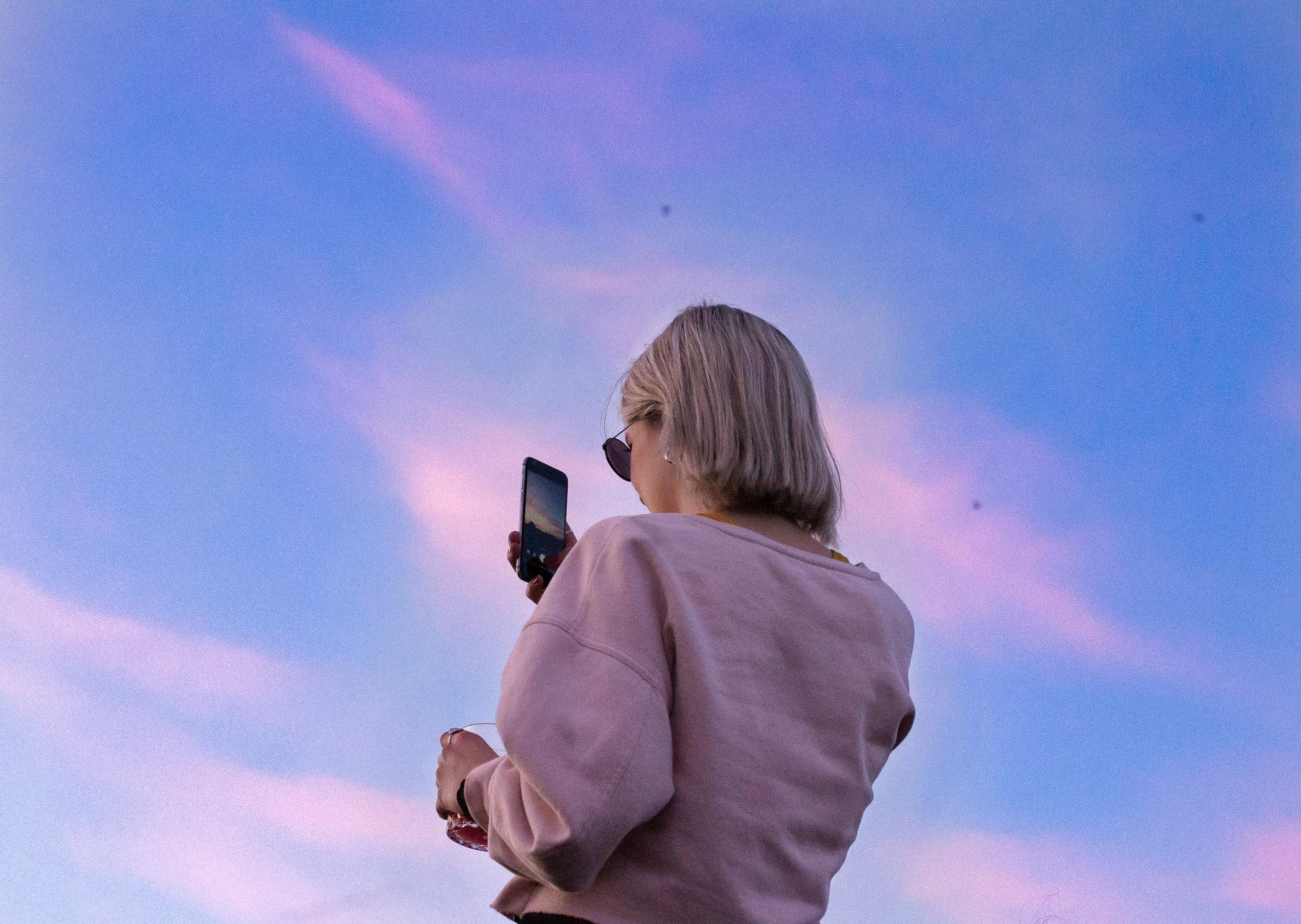 Attachment Theory + Digital Behavior