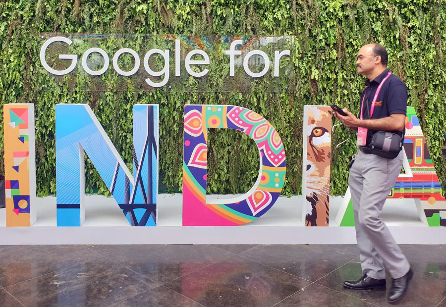 Indian watchdog probes Google again