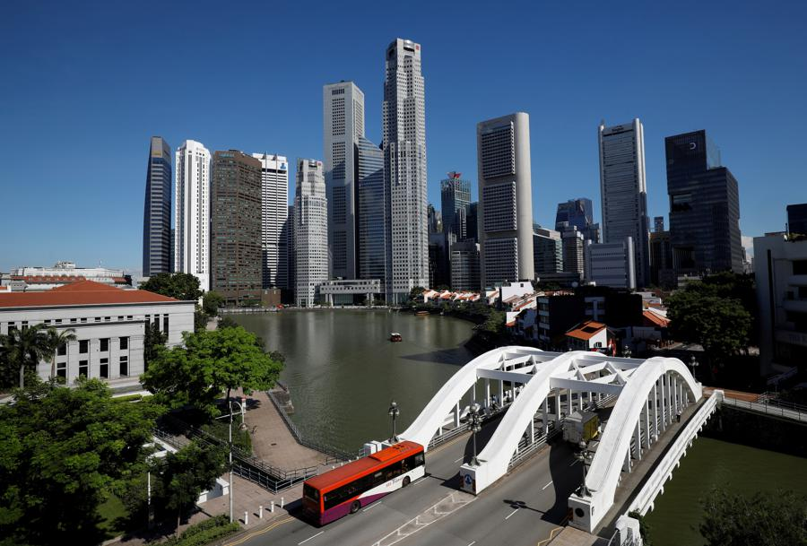 Singapore expects a healthy return to growth in 2021