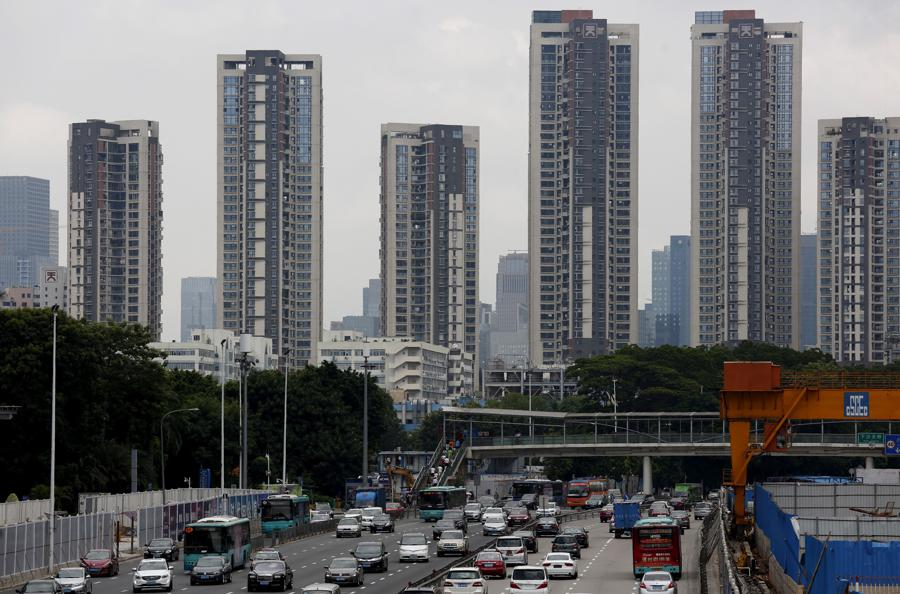 China's new home prices slow in November