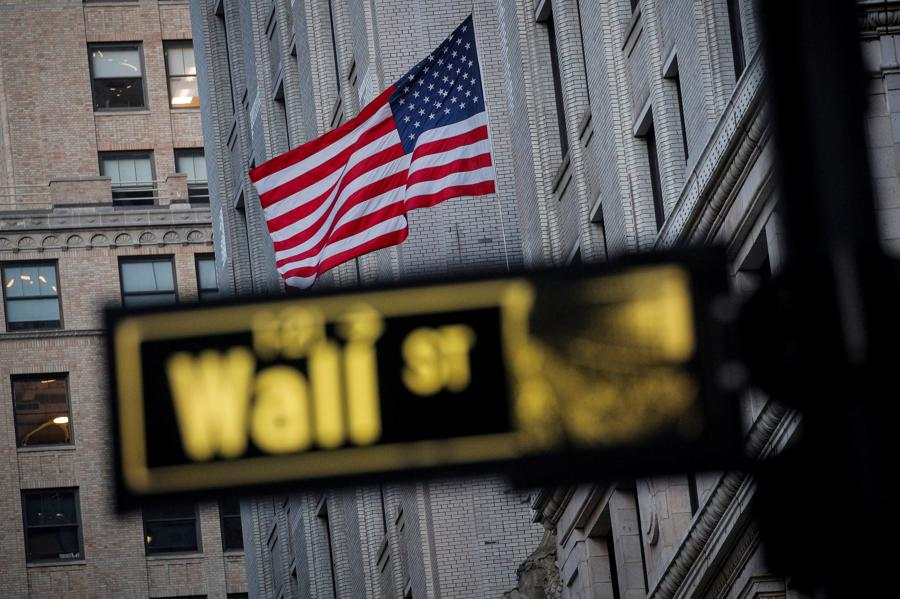 Tech's reign over stock market to be tested in 2021