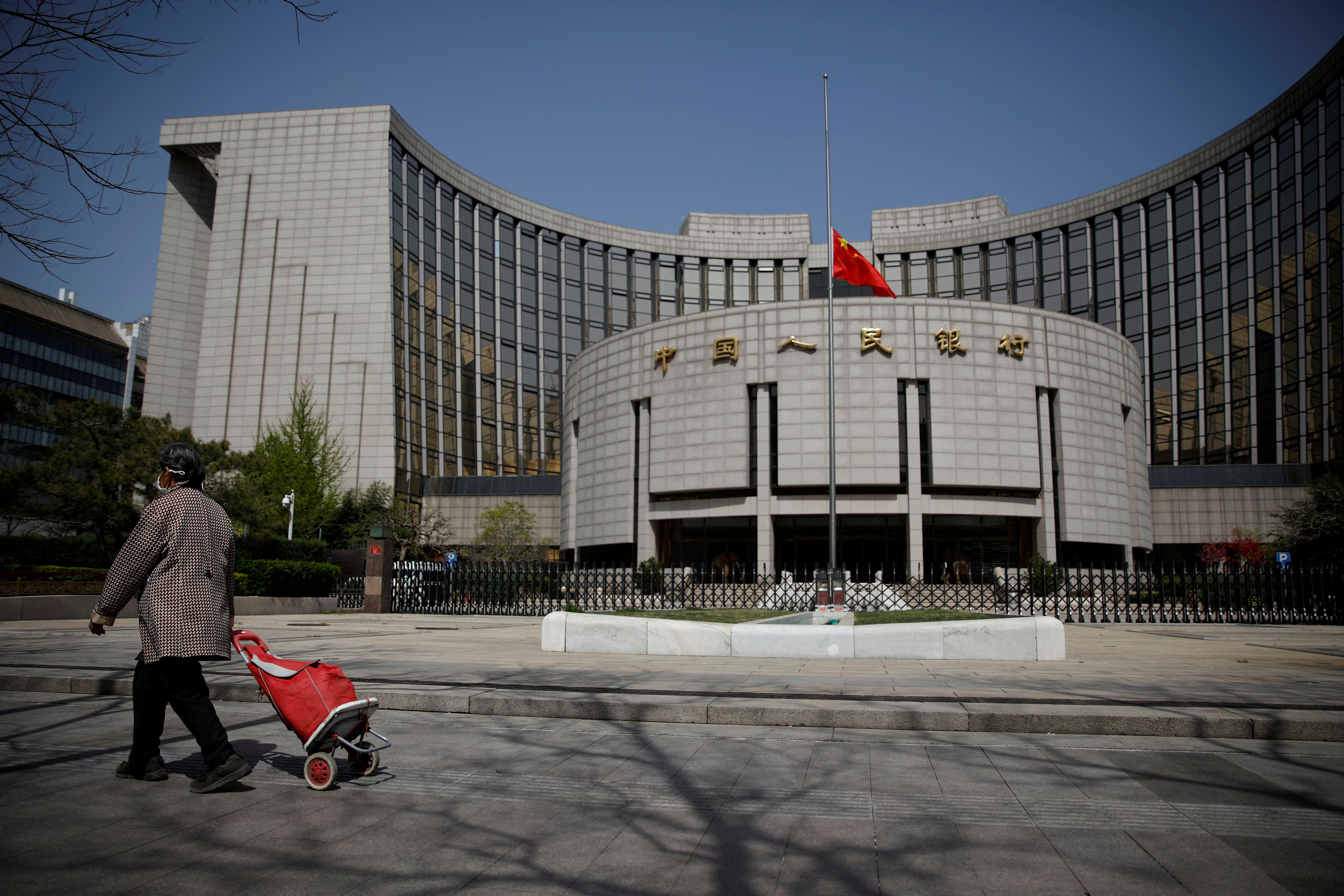 China signalstighter credit ahead