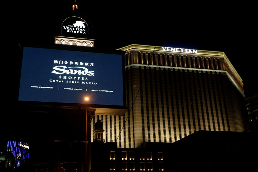New players eye a spot at Sands China table after Adelson's death