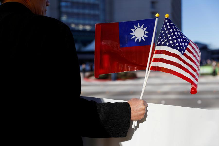 US thanks Taiwan for accelerating auto chip production amid shortage