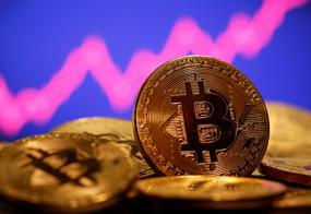 Cryptos eye new peaks as usage widens