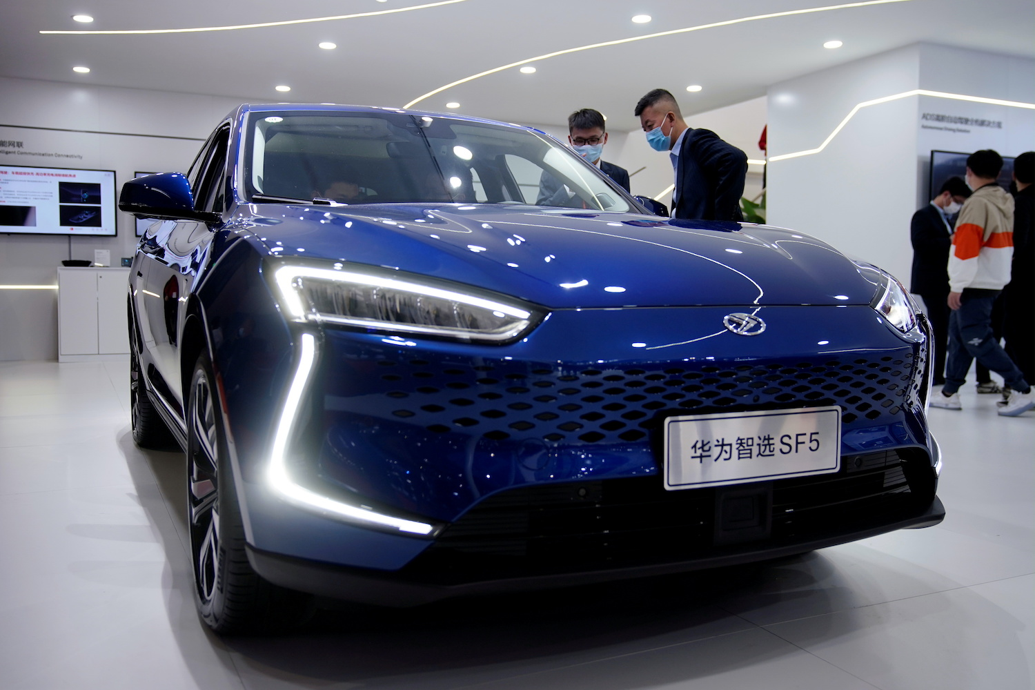 Huawei's carmaker move signals major EV gear shift