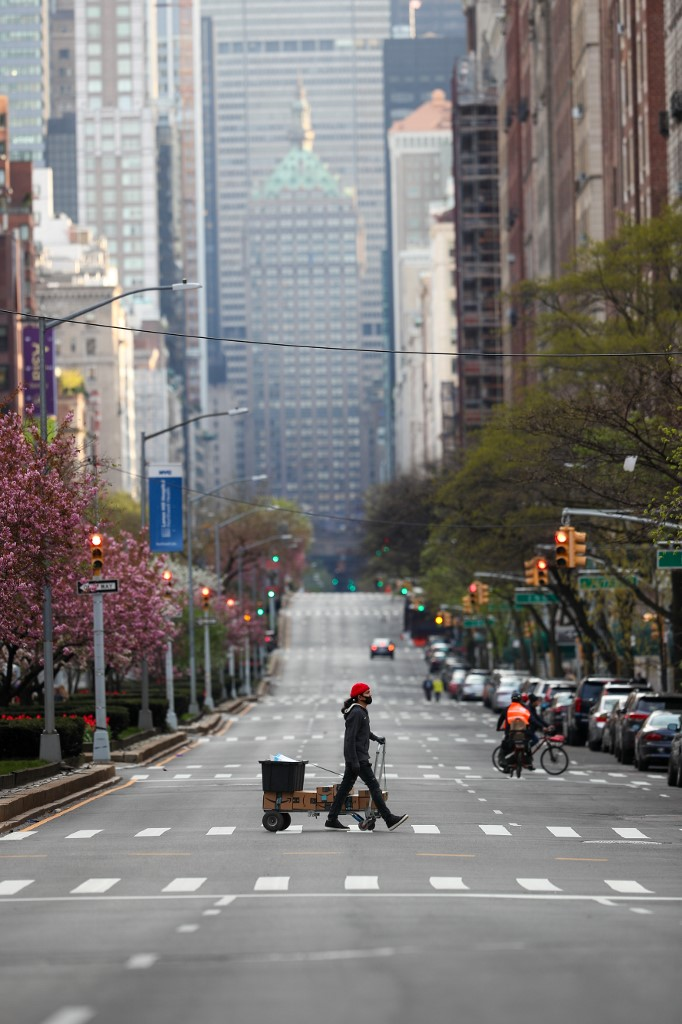 Asian market wrap:Investors shaken by poor earnings, volatile oil