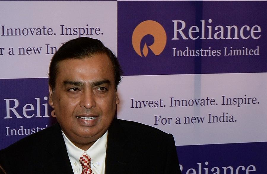 Ambani offering stake in Reliance Retail, sources say