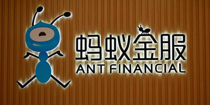Chinese gov't 5000+, online lenders 0