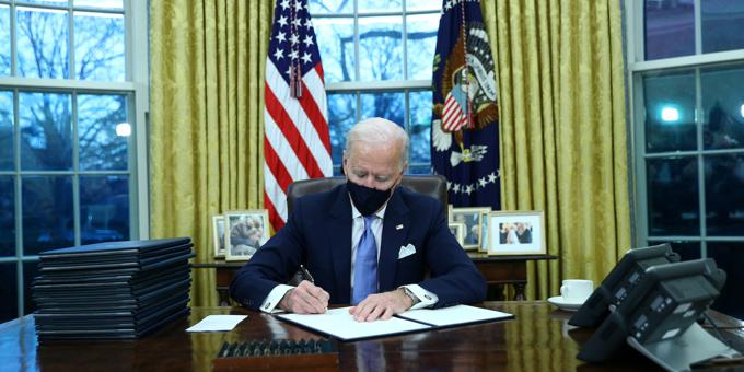 Biden era begins with executive orders to replace Trump policies