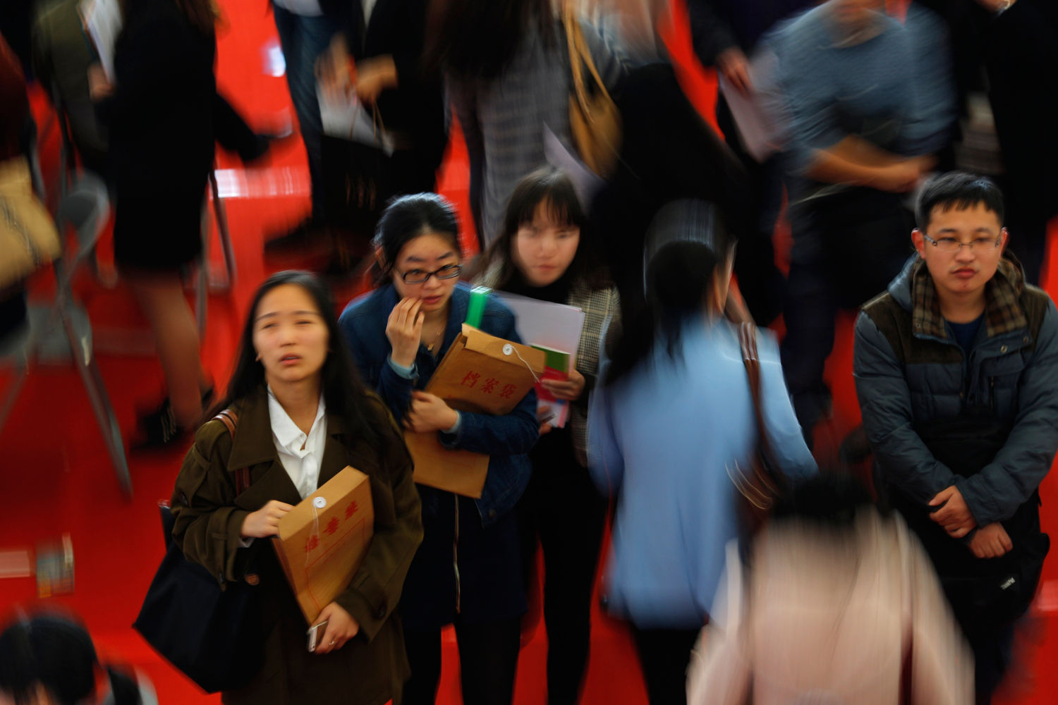 China sets record quarterly GDP growth of 18.3%