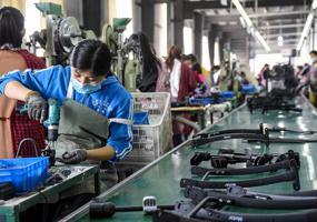 China urged to loosen shackles on SME bond market