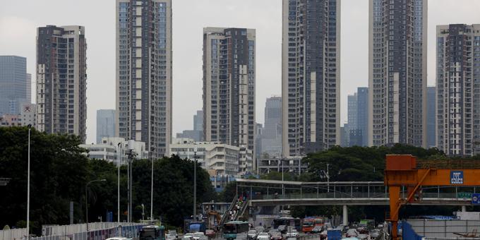 "Chinas ""grey-rhino"" property market could trigger subprime-like crisis"