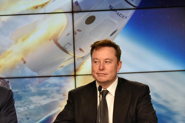 Digicurrency-loving firms share in Tesla's bitcoin bet bonanza