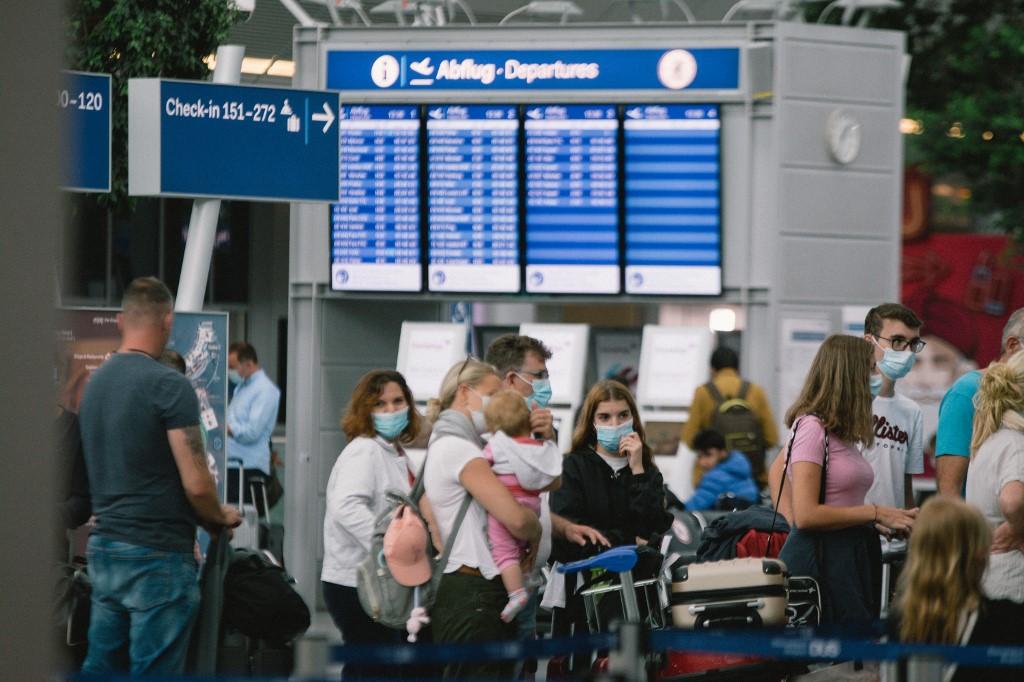 Passenger flights to resume to China