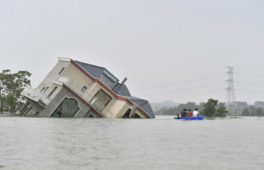 China boosts credit and insurance for areas hit by floods