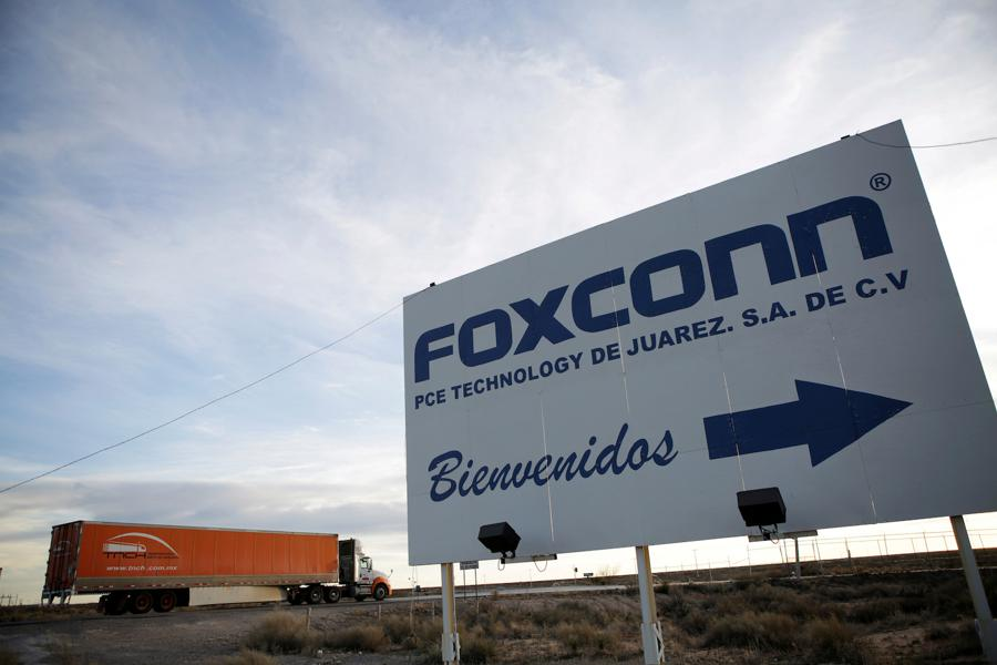 Foxconn and Asian firms considering factories in Mexico