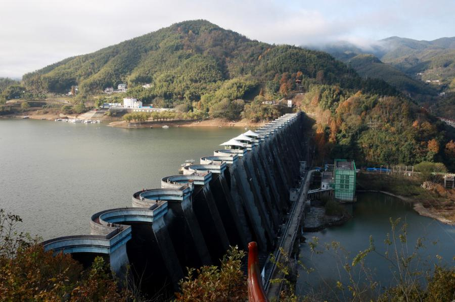 China bid to boost GDP with $142 bn of water projects