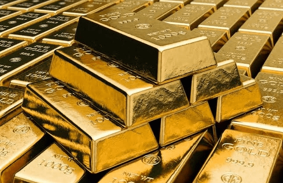 Gold shines as investors brace for further US-China tensions