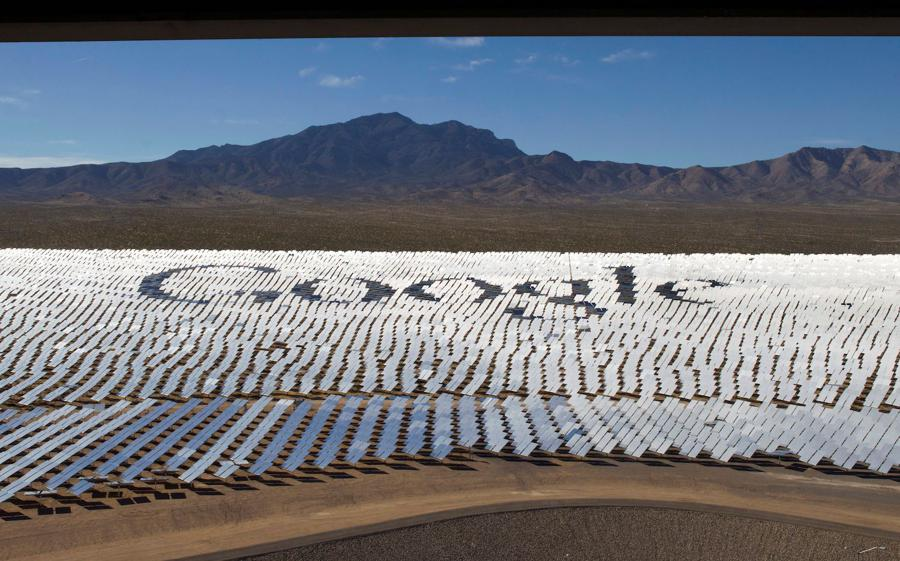 Google aims to tap only renewable power by 2030