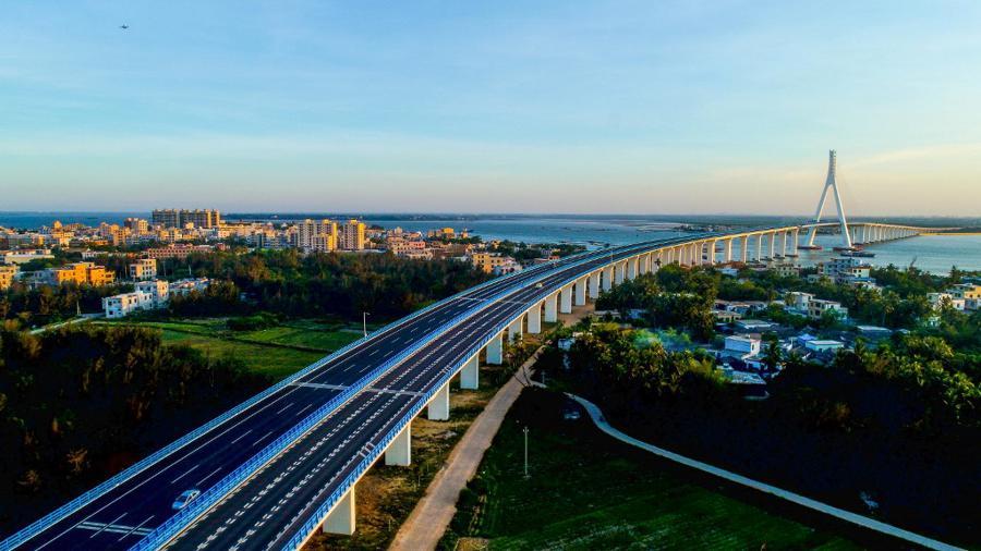 China media blitz to push free-trade zone on Hainan Island