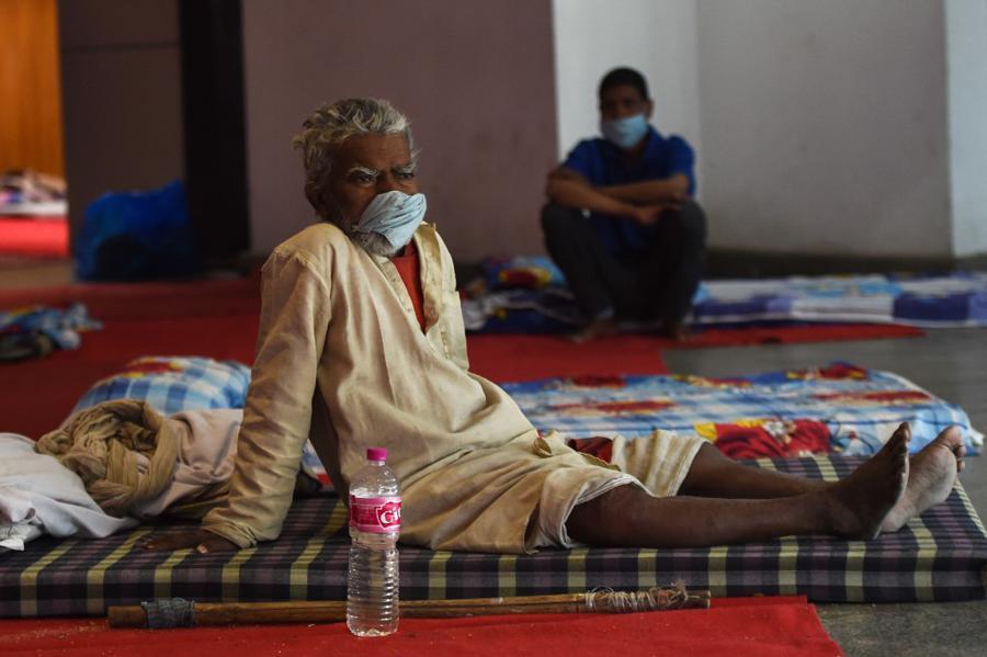 Major Indian cities make face-masks compulsory