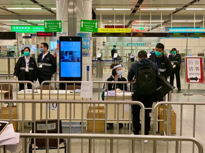 Visitors to Hong Kong drop sharply