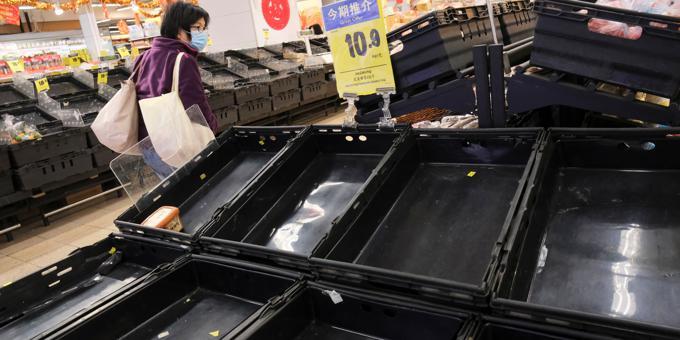 Coronavirus slams brakes on Hong Kong