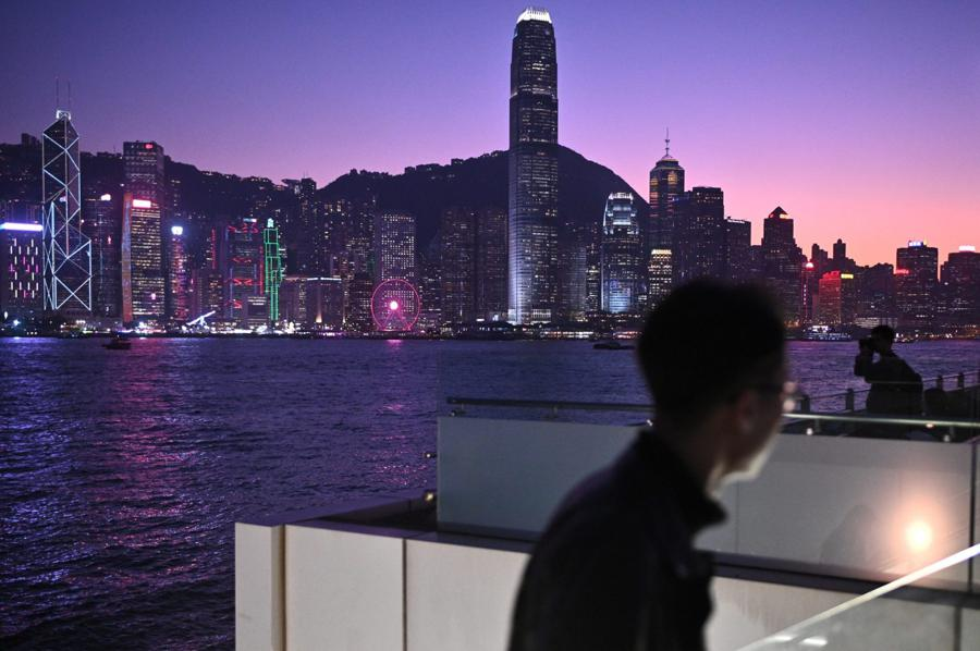 Southern China's wealthy to be granted new investment rights
