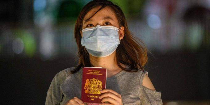 Fearful Hong Kongers rush to secure limited British passports