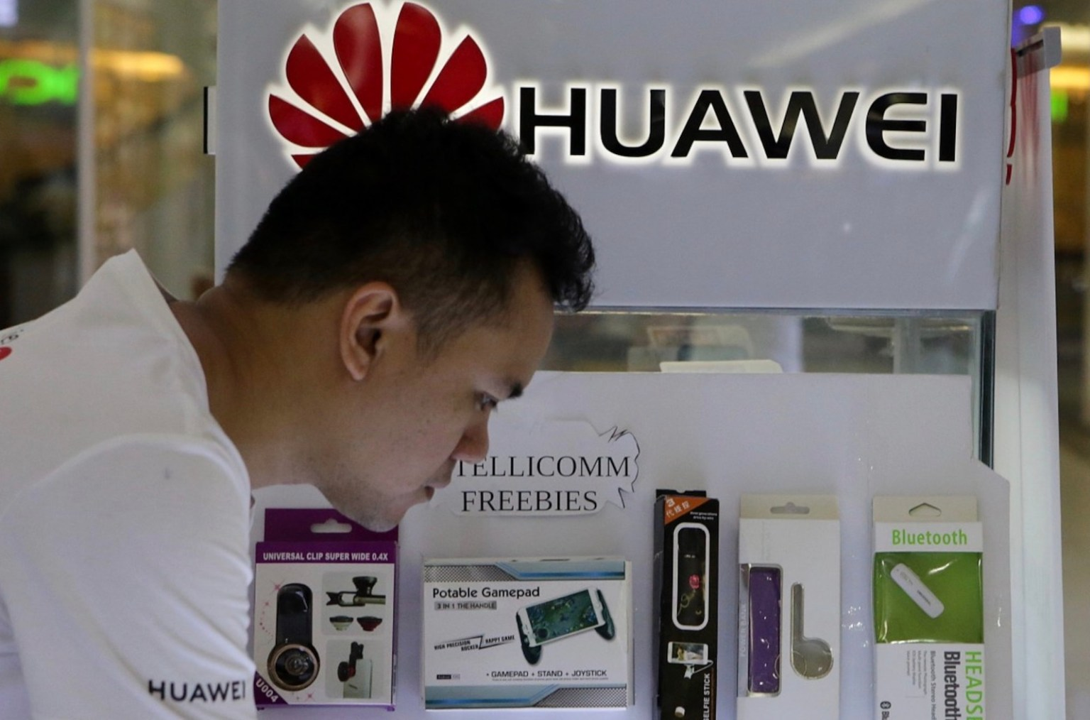 Telecoms frown as India clears 5G trials without Chinese gear