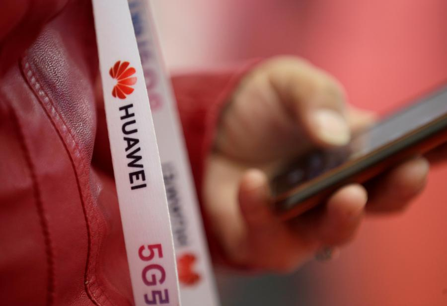 Trump to EU: fall in line on Huawei