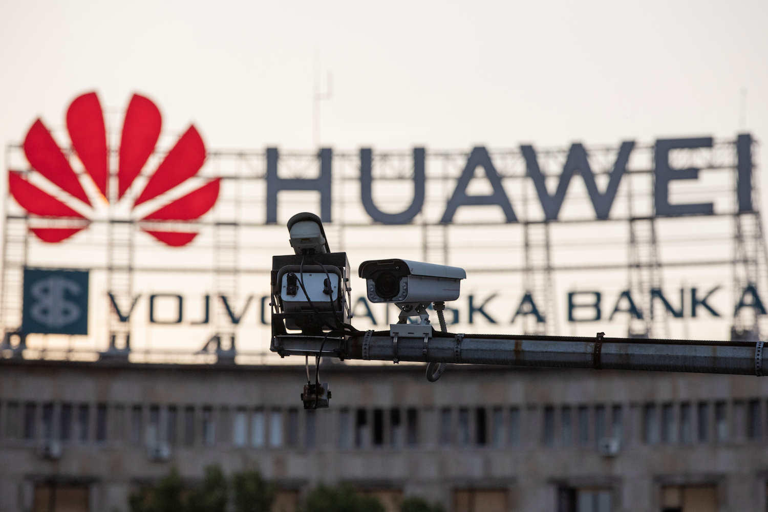 Huawei ready to reveal inner workings to show no security threat