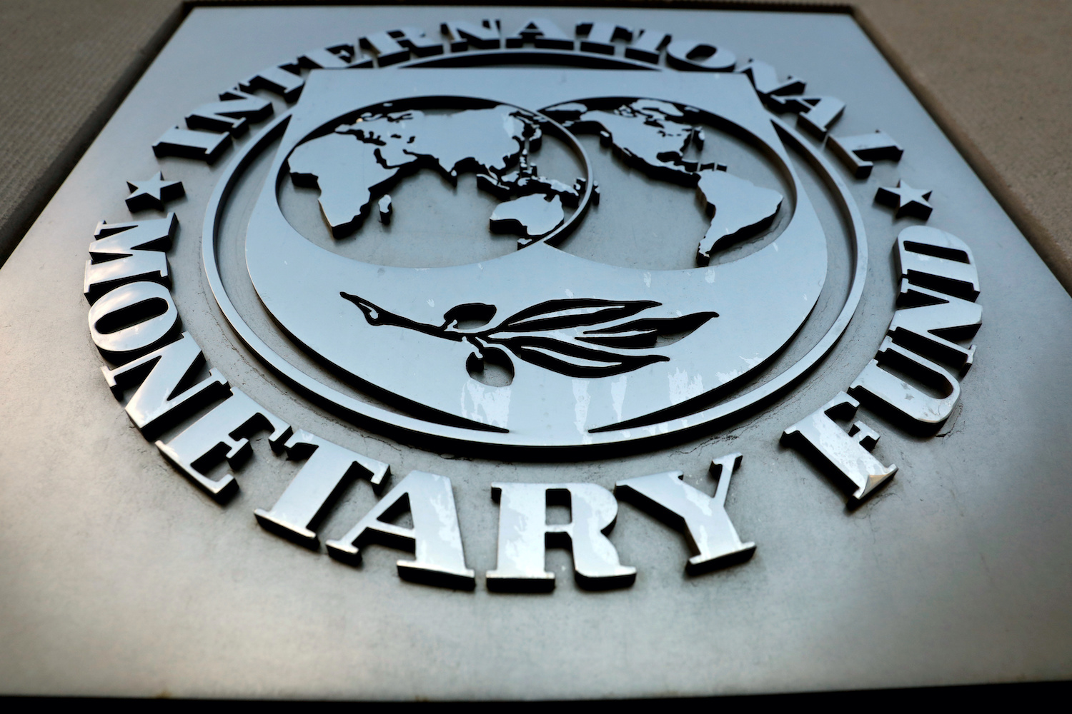 IMF optimism brings risk back into credit markets