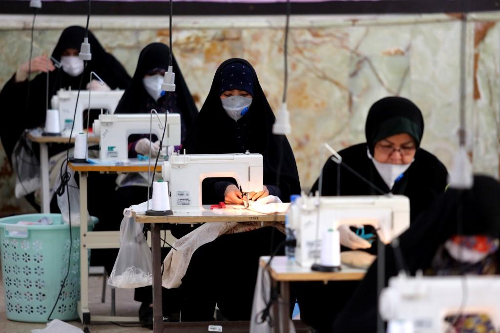 Iran to restart 'low-risk' economic activities soon