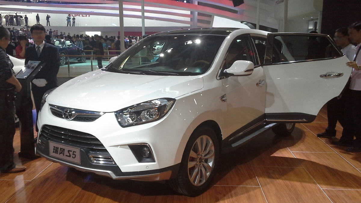 Automobile sales fall 37% in Jan-Feb due to virus