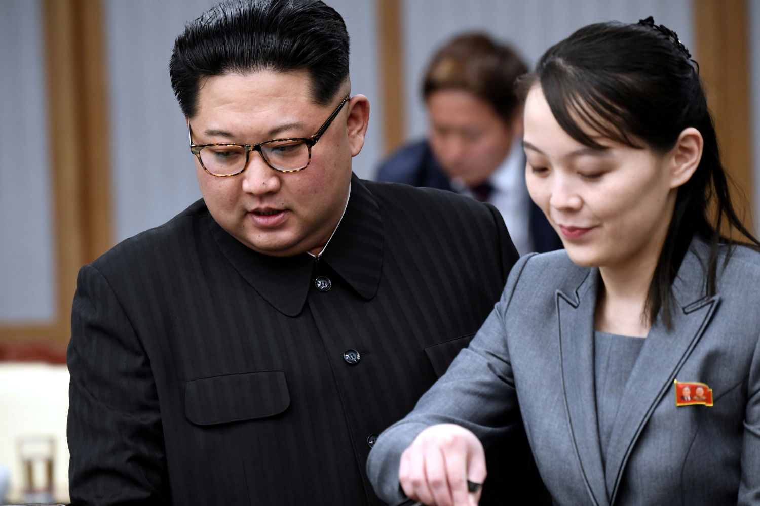 Don't cause a stink, Kim Jong Un's sister warns US