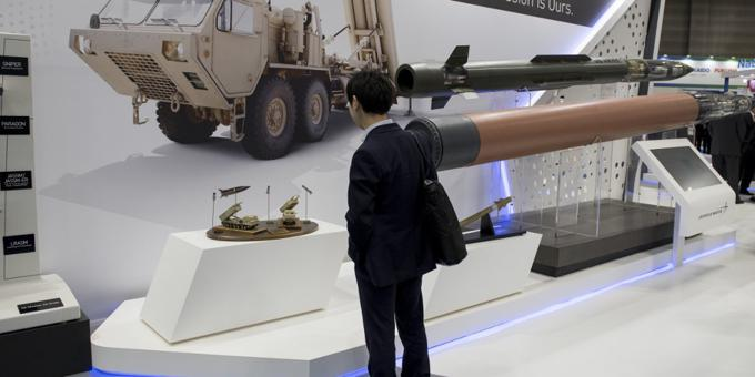China 'to sanction' US firms over Taiwan arms sales