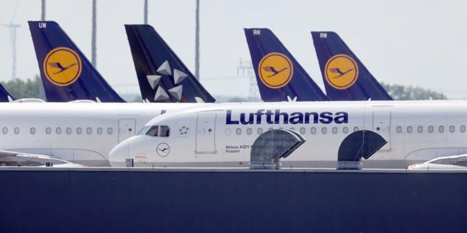 Lufthansa to cut more jobs as virus pummels travel