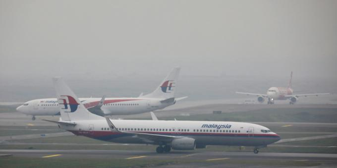 Malaysia to stop funding state airline if lessor talks fail