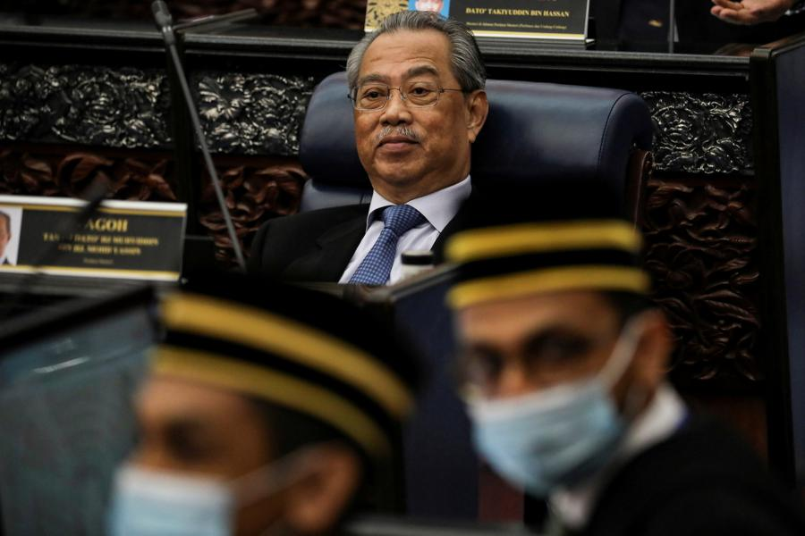 Malaysian political instability worrying investors
