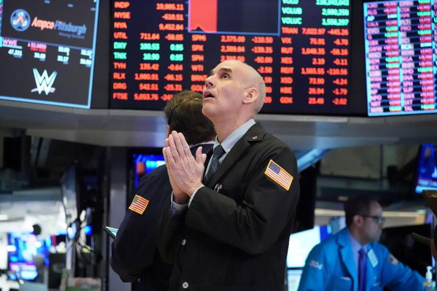 Fed, BoE give markets cause for pause