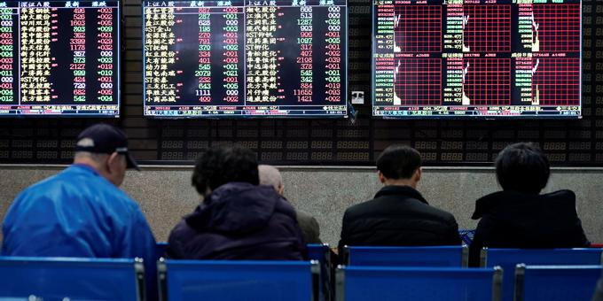 Markets pare gains after Trump's threat