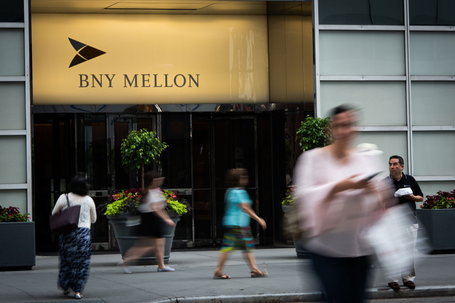 BNY Mellon joins institutional surge of acceptance for bitcoin