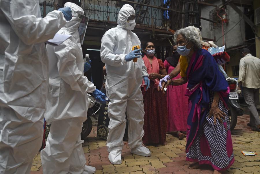 Half of Mumbai's slum residents have had coronavirus: study