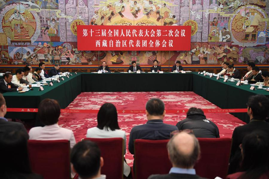 China's annual meet to set growth target, fiscal boost