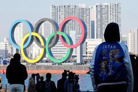 Japanese public turns against Olympics as virus rages again