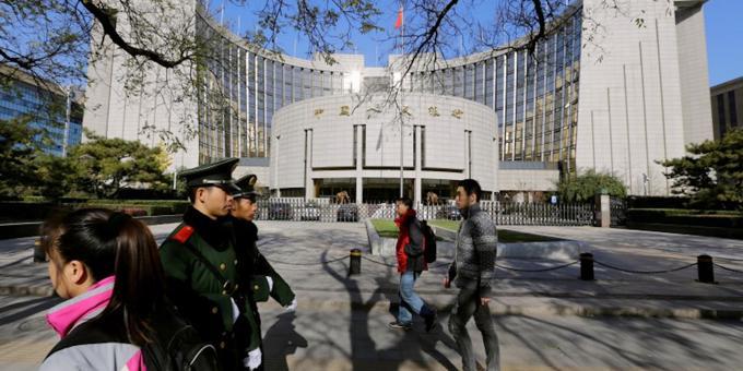 China bonds climb on market making rule