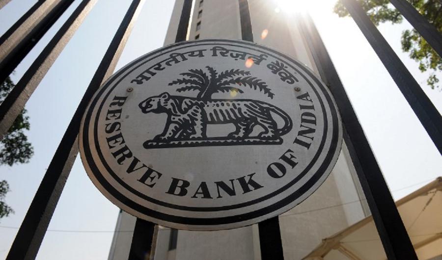 Foreign investors rekindle love for Indian debt